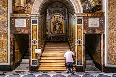 """La Scala Santa di Veroli, """"gemella"""" in forme ridotte di quella del Laterano a Roma"""